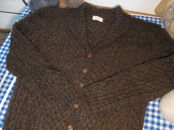 Classic Oak cardigan sweater